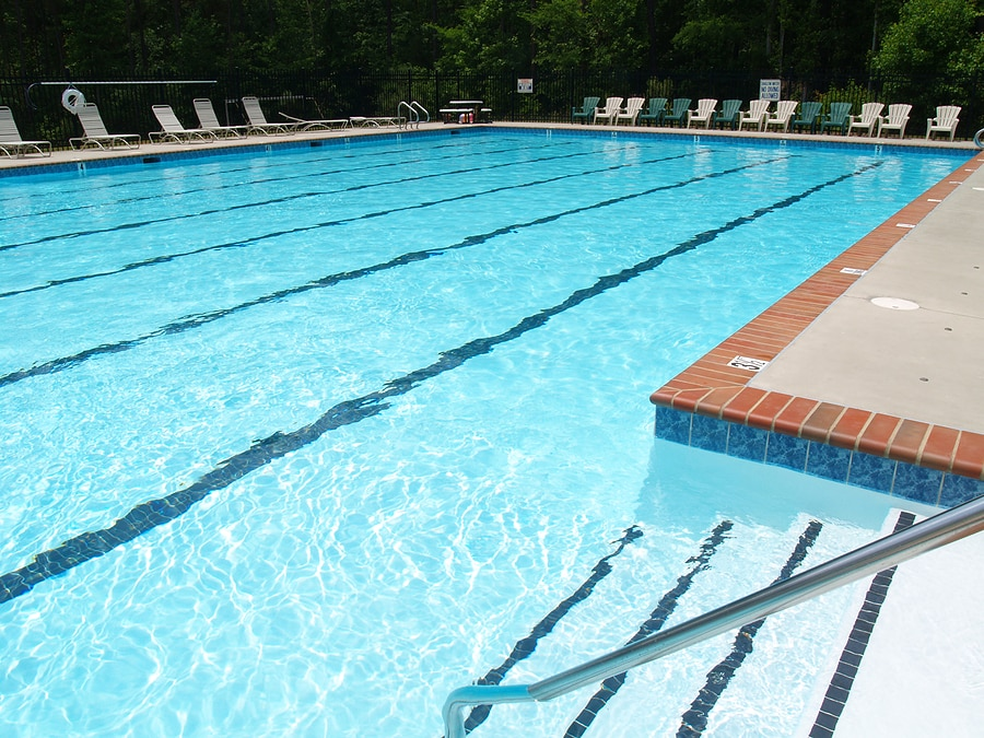 SWIMMING POOL CLEANING WILMINGTON NC
