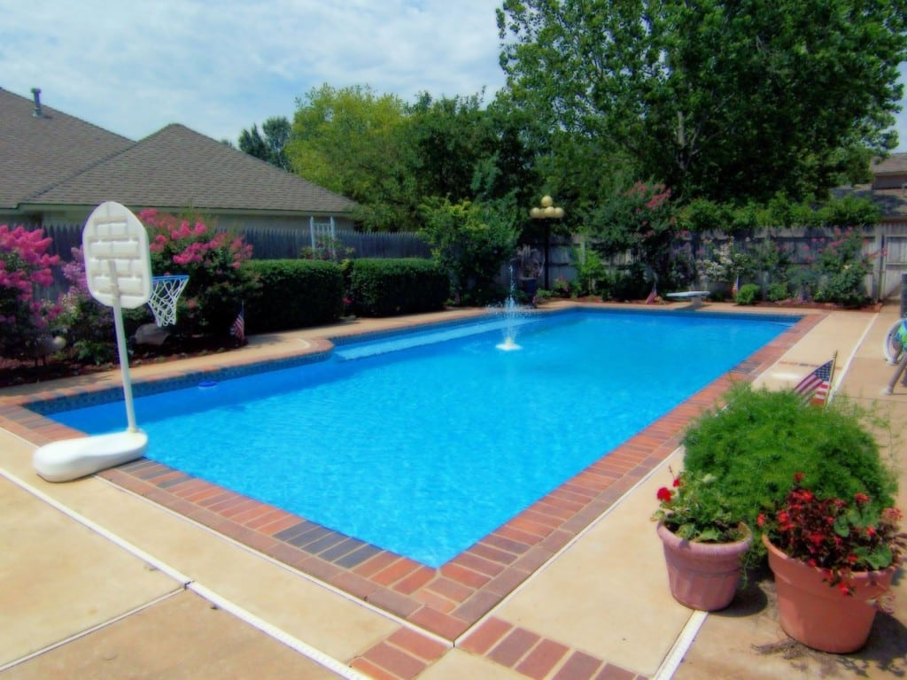 Residential Pool Cleaning : Pool cleaning residential raleigh nc
