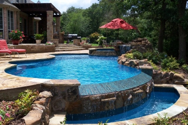 Residential Pool Cleaning : Pool maintenance page aqua operators